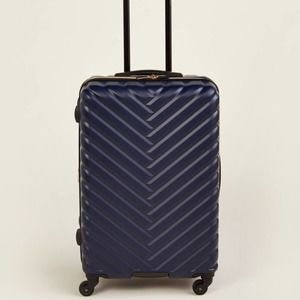 """Kenneth Cole Navy Broadway 24"""" Upright Spinner"""
